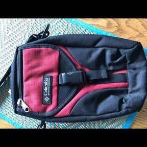 Columbia sportswear rugged small tote